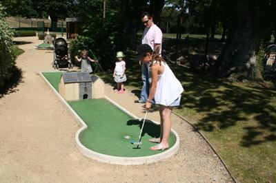 Mini-golf_site